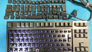 REALFORCEキーボード分解の方法